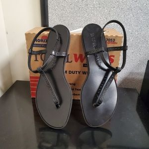 Authentic Burberry Thong Black Leather Sandal